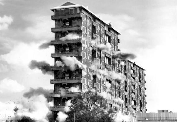 hutchiec_demolition1993
