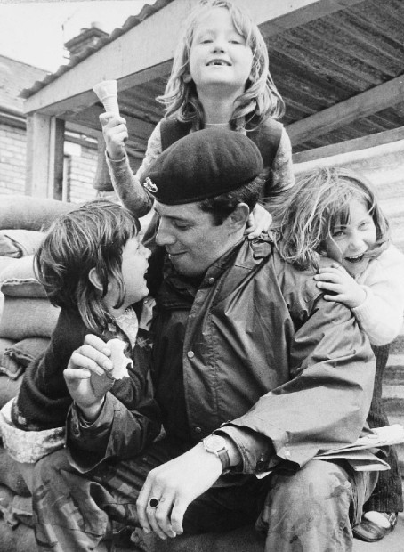 Soldier and kids at Checkpoint